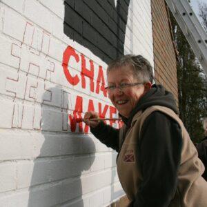 Volunteer on Murals4Change Kortemark